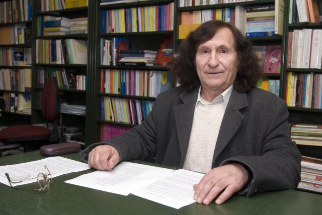 Prof. Estraviz